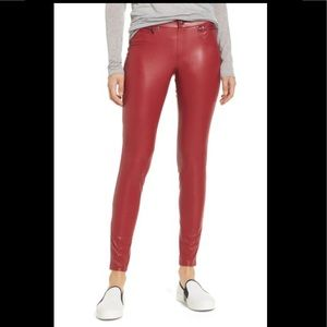 HUE Red Faux Leather Leggings Sz Medium